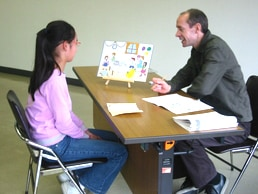 JAPEC児童英検のスピーキングテストの風景